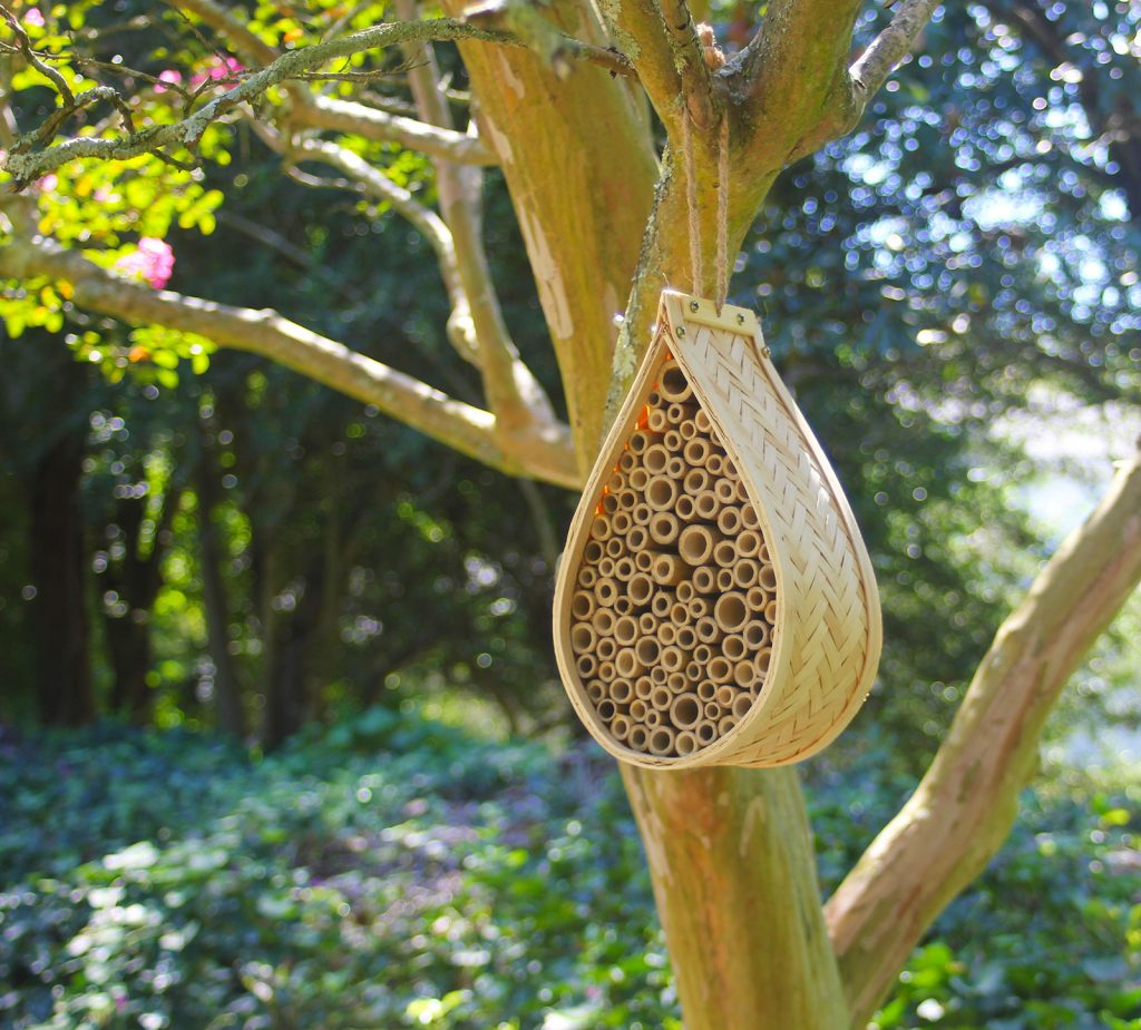 NatureZedge Mason Bee House for Pollination